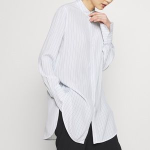 Guess- long loose blouse